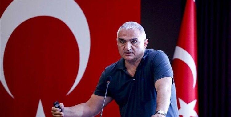 Bakan Ersoy: Bu sene Serik'te 2 tane beş yıldızlı ücretsiz halk plajı hizmete giriyor