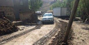 Başkale'deki sel felaketinin yeni görüntüleri ortaya çıktı