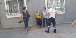 Kadınların taşlı sopalı çöp kavgası: 5 gözaltı