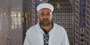 Darbe yanlılarının hakaretlerine uğrayan imam o günleri anlattı