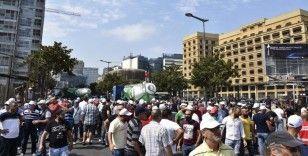 Lübnan'da 'işsizlik ve elektrik kesintileri' protesto edildi