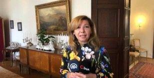 İsveç'te Büyükelçi Yunt'un eşi tarafından 'Stockholm Büyükelçi Eşleri Derneği' kuruldu