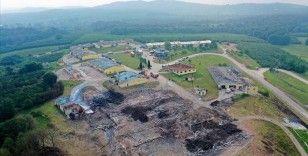 Sakarya'daki patlamaya ilişkin havai fişek fabrikasının sahibi 2 kişi gözaltına alındı