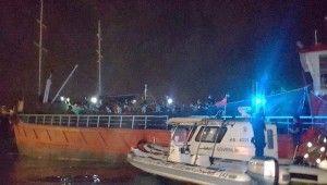 İzmir'de 268 düzensiz göçmen yük gemisinde yakalandı