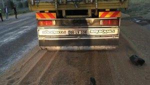 Amasya'da 2 kamyon çarpıştı