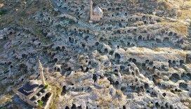 Nevşehir'deki tarihi yamaç yerleşiminin turizme açılması için geri sayım başladı