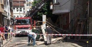 Beşiktaş'ta iskele devrildi, faciadan dönüldü
