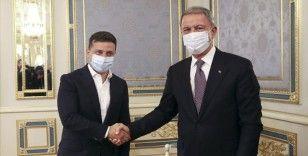 Akar, Ukrayna Devlet Başkanı ile görüştü