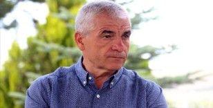 Sivasspor Teknik Direktörü Rıza Çalımbay oyuncusu Mert Hakan Yandaş'a sahip çıktı