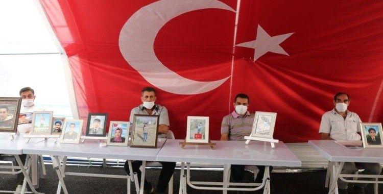 HDP önündeki ailelerin evlat nöbeti 312'nci gününde