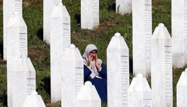 11 Temmuz Srebrenitsa katliamı