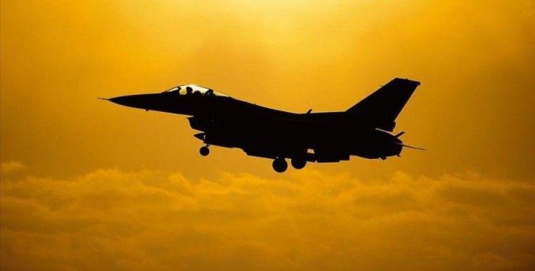 Suriye'de İran destekli gruplara düzenlenen hava saldırısında 35 terörist öldü