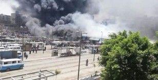 Mısır'da pazar yerinde yangın