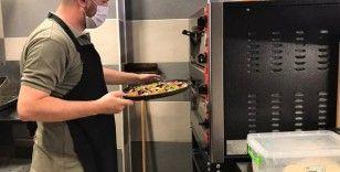 Pizza uğruna mühendisliği bıraktı