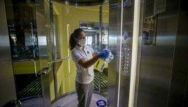 Çin'de asansöre binen bir kişi, 71 kişiye virüs bulaşmasına yol açtı