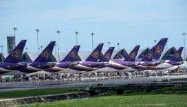 Tayland, tüm uluslararası uçuşları durdurdu