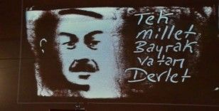 Kum sanatı ile 15 Temmuz'u ve Ayasofya'yı anlattı