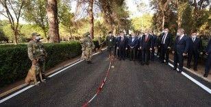 Cumhurbaşkanı Erdoğan, Gemlik Askeri Veteriner Okulu ve Eğitim Merkezi Komutanlığını ziyaret etti