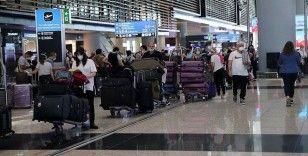 Yılın ilk yarısında 20 milyonu aşkın yolcu İstanbul'dan uçtu