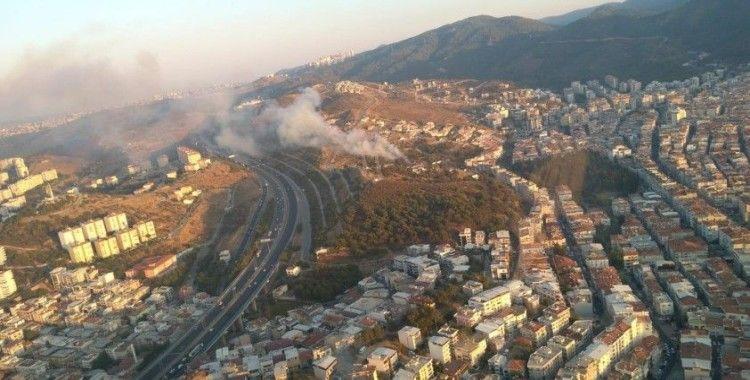 İzmir'de makilik alandaki yangın kontrol altına alındı