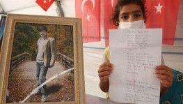 9 yaşındaki Hayrunnisa, teröristler tarafından kaçırılan ağabeyi için şiir yazdı
