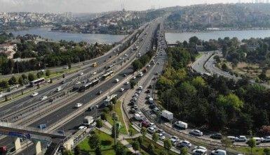 Haliç'te trafik yoğunluğu havadan görüntülendi