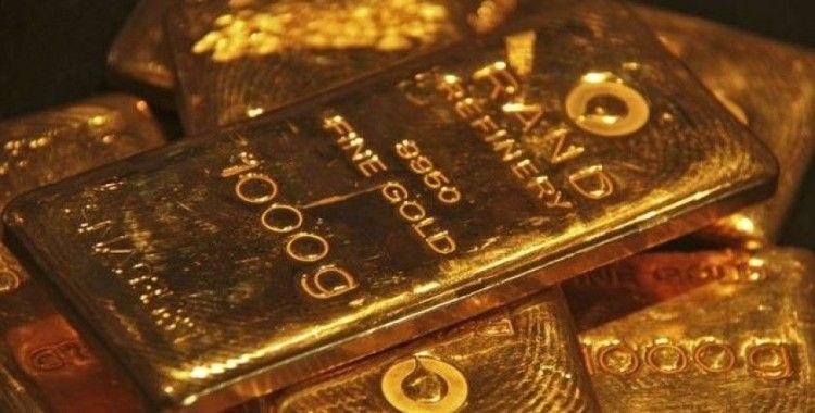 Altın vadelileri 9 yılın zirvesinde, gümüş % 5.6 sıçradı