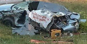 Kocaeli'de kamyon ve otomobil çarpıştı: Ölü ve yaralılar var
