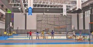 Gençlik ve Spor Bakanlığı sığınmacı gençler için spor tesisleri inşa ediyor