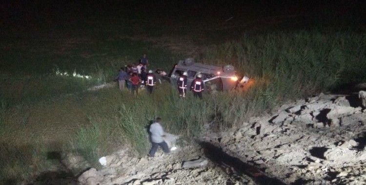Otomobil şarampole uçtu: 6 yaralı
