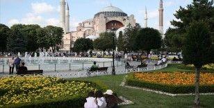 Ayasofya Camisi toplumun tüm kesimlerinden davetlilerin katılımıyla ibadete açılacak