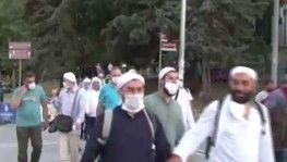 Vatandaşlar Ayasofya meydanına akın etti