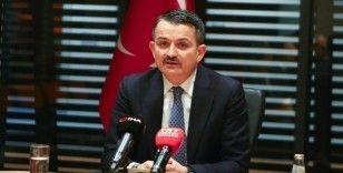 Bakan Pakdemirli'den İzmir'deki orman yangını hakkında açıklama