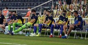 Fenerbahçe, evinde Çaykur Rizespor'u 3-1 mağlup etti