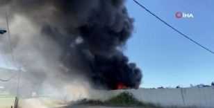 Maltepe'de hurdalıkta korkutan yangın