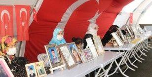 HDP önündeki ailelerin evlat nöbeti 329'uncu gününde