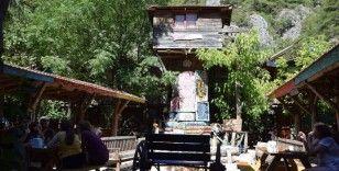 Olimpos ve Adrasan'da bayram hareketliliği