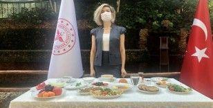 """Sağlık Bakanlığından """"sağlıklı bayram sofrası"""" önerisi"""