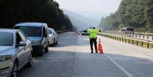 Bayram dolayısıyla kara yollarında sıkı trafik tedbirleri uygulanmaya başlandı