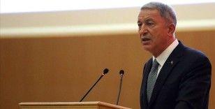 Bakan Akar: Türk ve İslami değerlere karşı saldırıları nefretle kınıyoruz