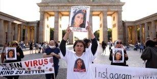 Almanya'da kızı PKK tarafından kaçırılan anne eylemlerini sürdürüyor