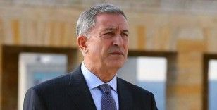 Bakan Akar, Arnavutluk Savunma Bakanı ile telefonda görüştü