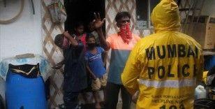 Mumbai'de gecekondu sakinlerinin yarıdan fazlasının Kovid-19 antikor testi pozitif çıktı