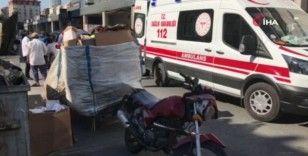 Esenyurt'ta lüks otomobil çöp toplayıcısına çarptı