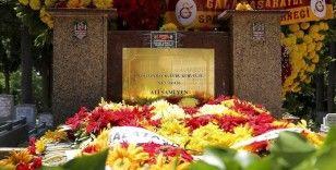Galatasaray'ın kurucusu Ali Sami Yen, vefatının 69. yıl dönümünde kabri başında anıldı