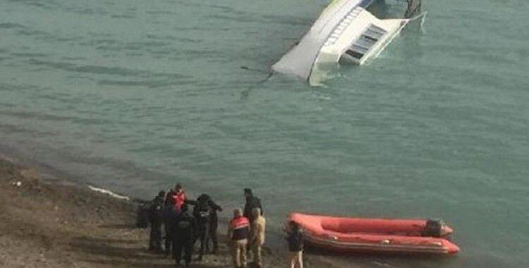 Van Gölü'nde batan tekne ile ilgili rapor 5 Ağustos'ta paylaşılacak