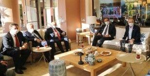 Gençlik ve Spor Bakanı Kasapoğlu'ndan Mustafa Cengiz'e 'geçmiş olsun' ziyareti