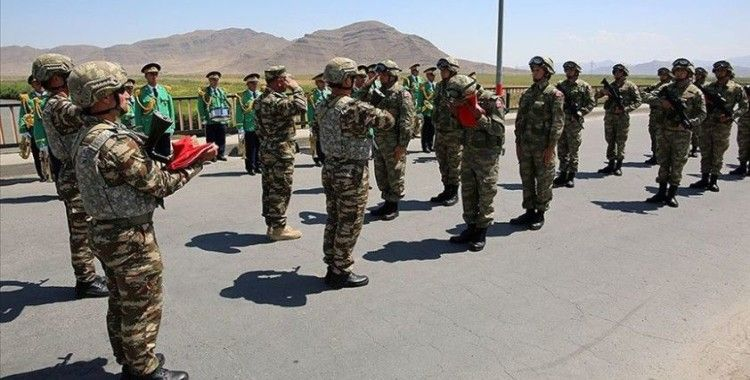 'Türkiye ile ortak askeri tatbikat Azerbaycan için hayati önem taşıyor'