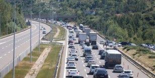 Kurban Bayramı trafiği sürüyor