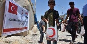 Türk Kızılay Kerkük'te 550 göçmen aileye kurban eti dağıttı